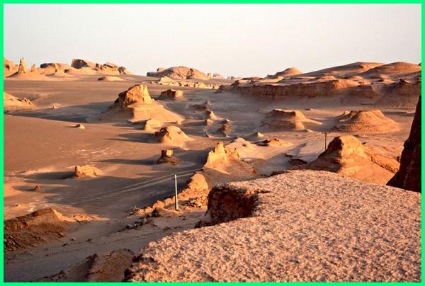 gurun pasir terpanas, padang pasir terpanas, padang pasir paling panas, gurun pasir paling panas, Gurun Lut/ Dasht-e Loot