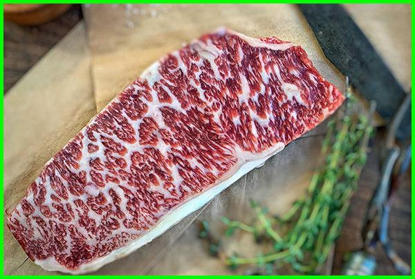 bagian sapi wagyu, sapi daging wagyu, fakta sapi wagyu, info daging sapi wagyu halalkah, kenapa sapi wagyu mahal, keunggulan sapi wagyu, steak sapi wagyu, treatment sapi wagyu, tentang sapi wagyu